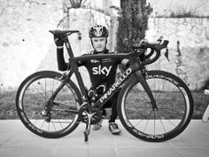 Chris froome without his New Pinerolo dogma F8
