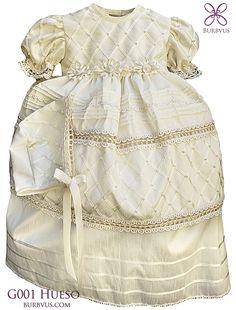 #Ropon para niña modelo G001 disponible en color blanco y hueso (foto en color hueso) #bautizo #burbvus
