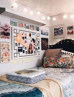 If you need ideas for cute dorm rooms, here are tons of cute dorm room decor ideas that will give you inspiration! These chic and cute dorm room ideas are affordable and perfect for a student budget. College Girl Bedrooms, College Dorm Rooms, College Girls, College Life, Student Bedroom, Girl Dorms, Teenage Bedrooms, Girls Bedroom, Dorm Room Colors