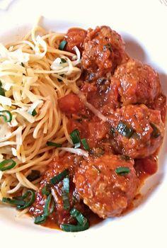 Paradicsomos húsgolyók spagettivel