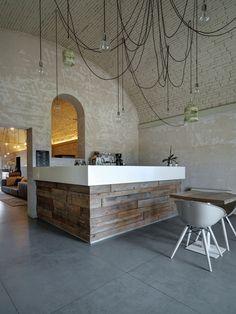 CERAMAX Fliesen im Grossfortmat für den Boden. Wenig Fugen und sehr pflegeleicht! Ideal bei starker Nutzung in Restaurants. CERAFLOOR, Design VISION 04.10.