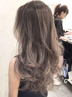 Hair Arrange, Beautiful Hair Color, Ombre Hair Color, Light Hair, Love Hair, Hair Highlights, Pretty Hairstyles, Hair Hacks, Dyed Hair