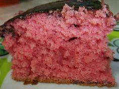 Bolo feito com gelatina. http://minhacasinharosa.blogspot.com.br/2013/12/bolo-feito-com-gelatina.html