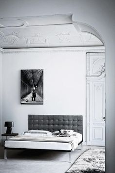 Home House Interior Decorating Design Dwell Furniture Decor Fashion Antique Vintage Modern Contemporary Art Loft Real Estate NYC Architecture Inspiration New York YYC YYCRE Calgary Eames Home Interior, Interior Architecture, Minimal Architecture, Modern Interior, Style At Home, White Bedroom, Black Bedrooms, Beautiful Bedrooms, Interiores Design