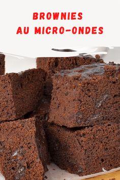 J'ai découvert cette recette de brownies au micro-ondes J'ai dû l'essayer instantanément ! Il est super rapide à faire et il a l'air super cool !