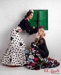 Spanish style – Mediterranean Home Decor Flamenco Party, Flamenco Costume, Dance Costumes, Flamenco Dresses, Spanish Dress, Spanish Style, Gypsy, Spanish Woman, Spanish Fashion