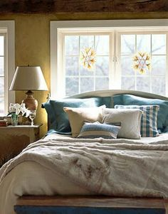 Bedroom design idea! decor, rustic bedrooms, scandinavian design, swedish interiors, color, cozy bedroom, swedish style, scandinavian christmas, blues