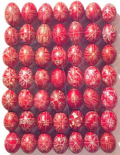 ♥♥ ♦ Hungarian traditional Easter eggs. ♦ HAPPY EASTER (April 5th 2015) Catholic Traditions, Easter Traditions, Diy For Kids, Crafts For Kids, Arts And Crafts, Paste, Carved Eggs, April 5th, Egg Designs