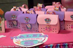 Favor bags Girl Paw Patrol Party, Paw Patrol Birthday Theme, Girl 2nd Birthday, 4th Birthday Parties, Birthday Ideas, Party Giveaways, Party Ideas, Favor Bags, Google Search