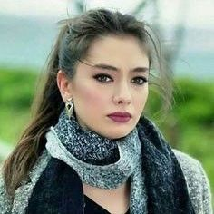 Neslihan Atagül I like the make up Pure Beauty, Beauty And The Beast, Beauty Women, Turkish Beauty, Turkish Fashion, Prettiest Actresses, Beautiful Actresses, Actrices Hollywood, Turkish Actors