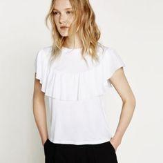 Zara -camiseta volante