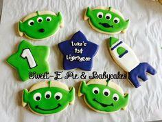 Buzz Lightyear/Toy Story Alien cookies