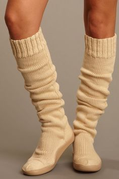 I couldn't buy these cause I'd wear them everywhere and everyday!! COMFY LOOKING!