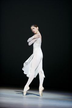 "Leanne Benjamin in ""Requiem"" (Royal Ballet). Photo by Tristram Kenton"