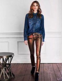 calca-metalica-camisa-jeans
