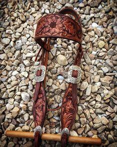 Custom tooled headstall by 7o saddle shop www.sevenobrandsaddles.com Instagram: 7o_saddleshop Facebook: 7o saddles shop