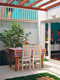 Apartment, Brazilian Houses Designin A Mix Of Colors And Styles: Vivacious Brazilian Houses Design