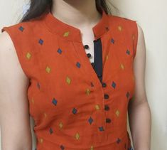 Collar Kurti Front Neck Design With V Placket Chudidhar Designs, Chudidhar Neck Designs, Salwar Neck Designs, New Kurti Designs, Neck Designs For Suits, Kurta Neck Design, Sleeves Designs For Dresses, Neckline Designs, Dress Neck Designs