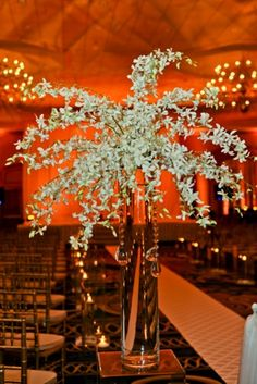 Photos by Red Ribbon Photography Wedding Planner: Lasting Impressions Weddings