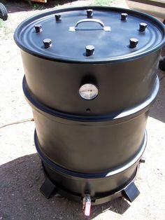 The Ugly Drum Smoker