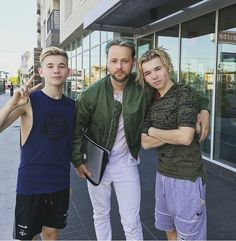 Marcus and martinus Twin Boys, Twin Brothers, Cute Celebrities, Hottest Pic, Shawn Mendes, Future Husband, My Love, Love Him, Fangirl