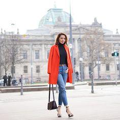 Outfit élégant de @estelleblogmode portant notre manteau VAX, Sud Express. Disponible sur sudexpress.com #sudexpress #orange #coat Look Urban Chic, Sud Express, Casual, Sportswear, Duster Coat, Raincoat, Normcore, Style Inspiration, Jackets
