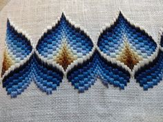 Crochet ideas that you'll love Motifs Bargello, Broderie Bargello, Bargello Quilt Patterns, Bargello Needlepoint, Bargello Quilts, Crochet Motifs, Hardanger Embroidery, Cross Stitch Embroidery, Embroidery Patterns