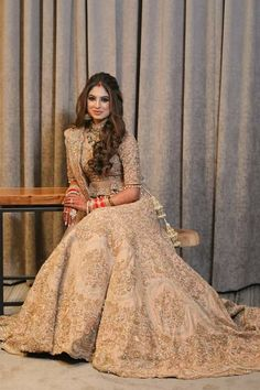 Such an amazing dress: Inspiring Ladies Indian Wedding Gowns, Indian Bridal Outfits, Indian Bridal Lehenga, Indian Bridal Fashion, Indian Bridal Wear, Pakistani Wedding Dresses, Indian Dresses, Bridal Dresses, Wedding Outfits