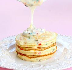 fun fetti pancakes !!!.