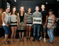 Alumnos premiados en el I concurso de fotografía junto a Ramón Roldán y Paloma Olmedo
