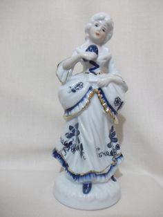 b. antigo - estatueta de dama antiga em porcelana italiana