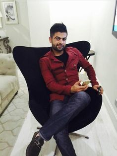 Ahmad Shahzad  29-11-2014 saturday