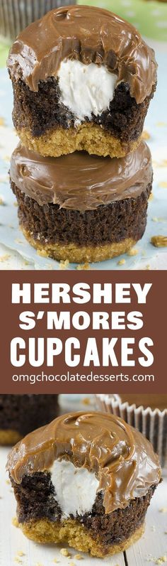 Hershey'€™s S'mores Cupcakes a delicious chocolate cupcakes with a graham cracker crust, filled with light and fluffy marshmallow filling and topped with milk chocolate ganache. Milk Chocolate Ganache, Chocolate Desserts, Fun Desserts, Chocolate Chocolate, Chocolate Filling For Cupcakes, Cupcake With Filling, Cupcake Filling Recipes, Chocolate Cupcakes Decoration, Macarons Chocolate