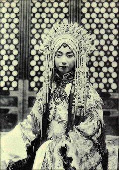 1920年代,【梅蘭芳】戲裝照。