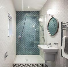 Small bathroom tiles - light tiles will make your bathroom look bigger - Badgestaltung mit Fliesen - Badezimmer Small Bathroom Tiles, Quirky Bathroom, Small Bathrooms, White Bathrooms, Bathroom Layout, Bathroom Colors, Bathroom Modern, Simple Bathroom, Aqua Bathroom