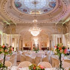 Sandoz room decorated for wedding. Hotel Beau Rivage, Palace, Room Decor, Traditional, Table Decorations, Wedding Flowers, Furniture, Home, Ad Home
