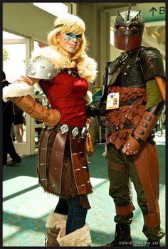 2014 San Diego Comic-Con Cosplay - HOW TO TRAIN YOUR DRAGON 2 - ASTRID & HICCUP