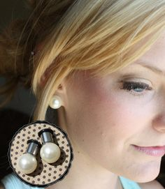 "Pearl 12mm LARGE beige ball plugs tunnels for gauged / stretched ears: 4g, 2g , 0g, 00g, 7/16"", 1/2"""