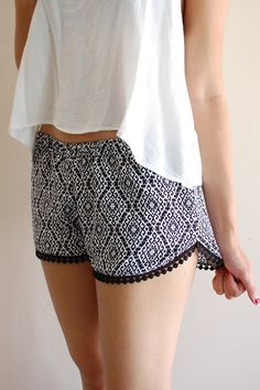 These shorts are great to dress up or down! They have a loose comfortable fit. Comes with an elastic stretchy waistband. Made with rayon. X-Small -