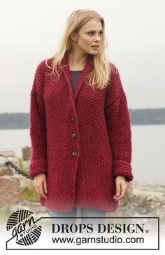 """Knitted DROPS jacket in seed st with shawl collar in """"Eskimo"""". Size: S - XXXL. ~ DROPS Design"""