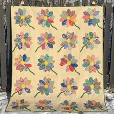 Finish It Up Friday ~ Vintage Daisies | KatyQuilts
