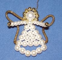 Tinker pearl angel figures from beads