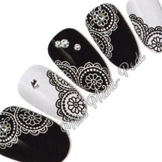 Nail Art Water Slide Transfers Decals Black & White Flower Lace Mehndi S040