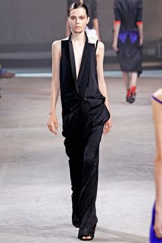 Haider Ackermann - Spring 2011 Ready-to-Wear - Look 8 of 34