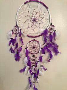 Purple & White 'Dream Catcher'.
