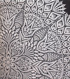 This crocheted circular tablecloth pattern is perfect for everyday use, holidays and for special events. Grand Lace Tablecloth by Olga Gulidova is a fabulous handmade crocheted lace tablecloth pattern that's great for covering your dining or kitchen tabl Crochet Table Topper, Table Topper Patterns, Crochet Tablecloth Pattern, Crochet Lace Edging, Crochet Table Runner, Crochet Doily Patterns, Crochet Afghans, Lace Patterns, Thread Crochet