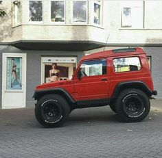Red 4x4