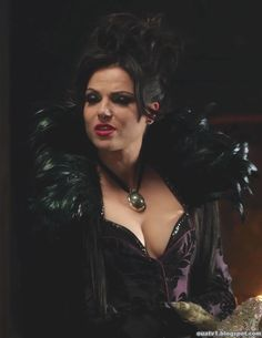 Once Upon a Wardrobe - Evil Queen Outfits!