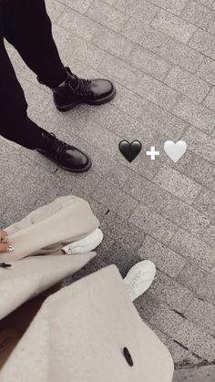 Couple Goals Relationships, Relationship Goals Pictures, Cute Love Couple, Cute Couple Pictures, Creative Instagram Stories, Instagram Story Ideas, Rauch Fotografie, Mode Poster, Mood Instagram