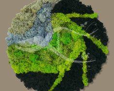 FoarfecaVerde na Etsy Moss Wall Art, Moss Art, Moss Graffiti, Plant Painting, Amazing, Etsy, Green, Floral, Vintage